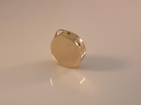 Gold locket, prayer box