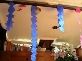 Today's inlet: Garlands.